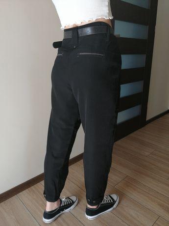 Spodnie czarne 40