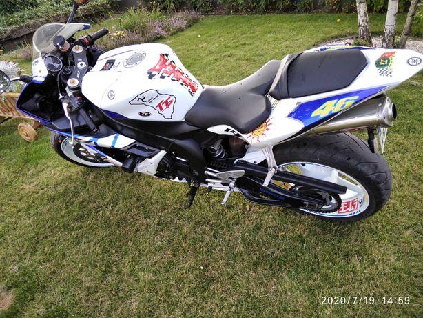 Yamaha r1 05 rok INDYWIDUAL jedyna taka  36 tys km