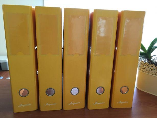 Capas arquivo A4 amarelas lisas