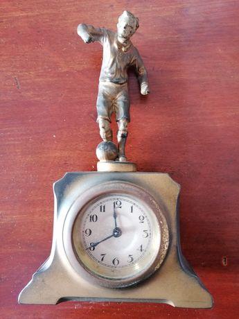 Relógio despertador antigo