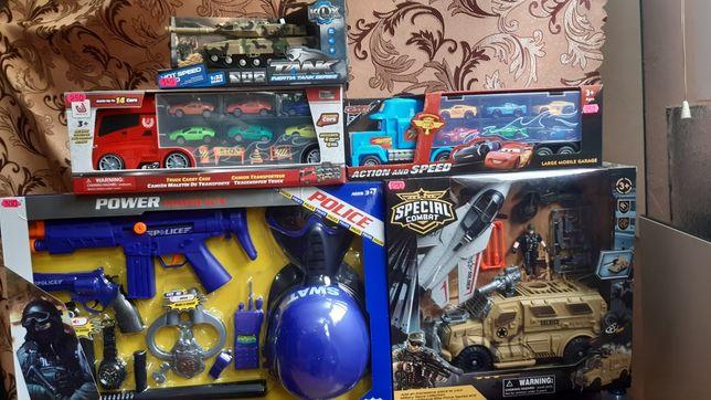 Игрушки набор полицейского, военный набор, машинки