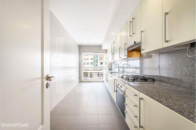 VENDE | Apartamento T2 a estrear | Quinta dos Barros | Centro Ismaili