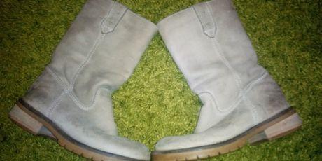 Натуральні сапожки, чоботи