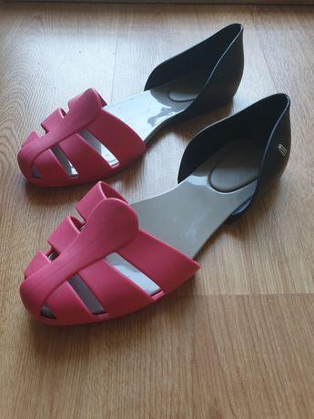 Pachnące sandałki baleriny Melissa