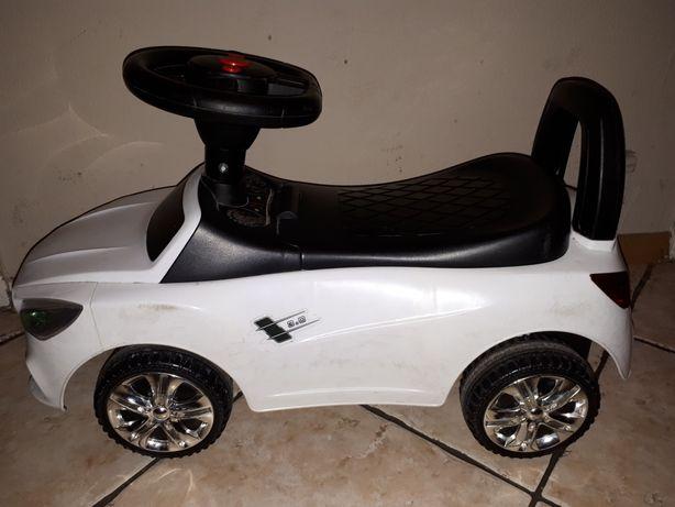 Jeździk autko dla dziecka