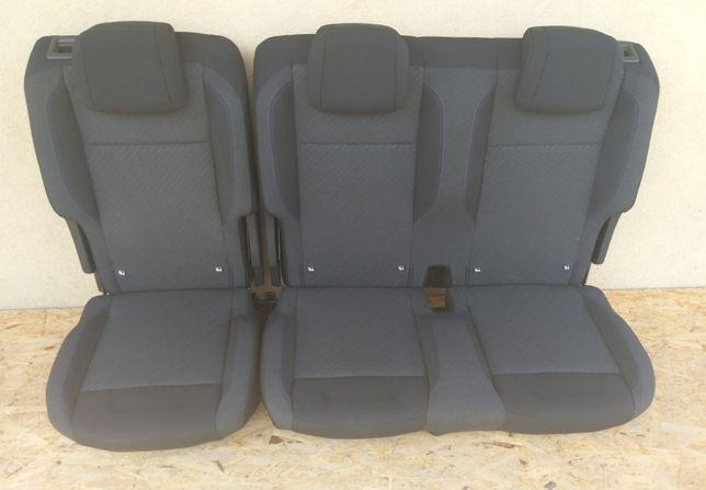 Fotel samochodowy fotele Peugeot Rifter