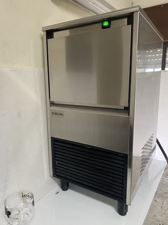 Maquina de Gelo  35 kg  , Gelo XL