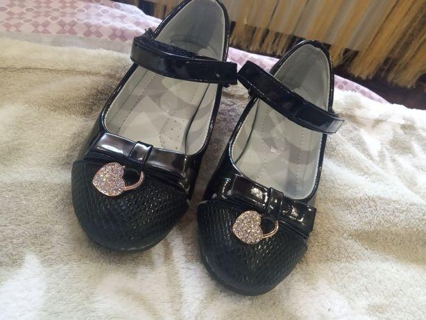 Лакированные туфельки, туфли, черные, 17 см стелька, можно на двойню