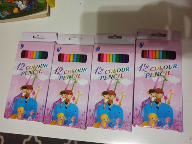 Caixa de 12 lápis de cor