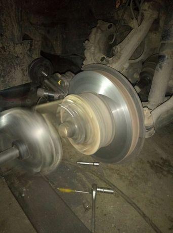 Тормозной диск проточка убрать биение в руль с снятием без снятия