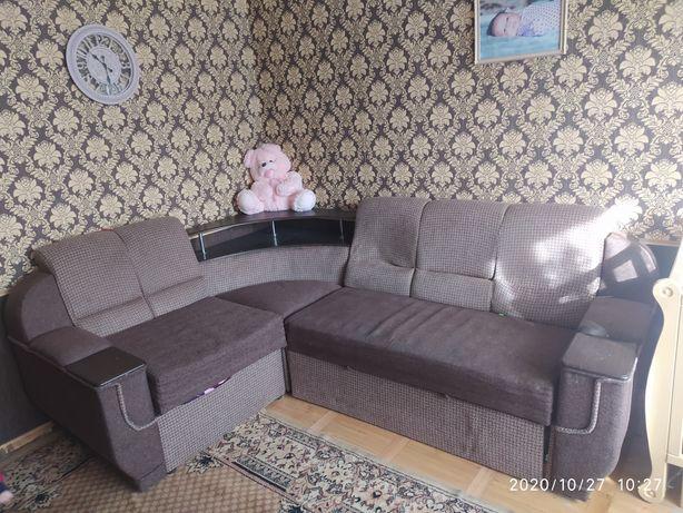 Кутовий диван,м'яка частина продаю з грудня