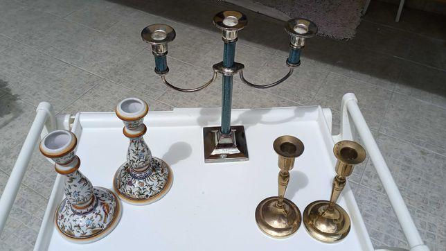 Castiçal três Velas e 2 pares Castiçais metal e outro pintados a mão