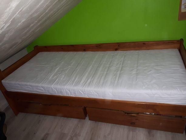 Łóżko drewniane solidne