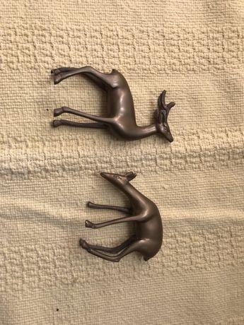 Veados em bronze