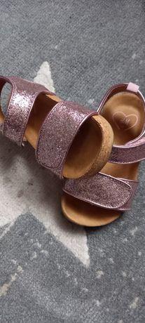 Ładne sandałki z H&M 23 jak nowe