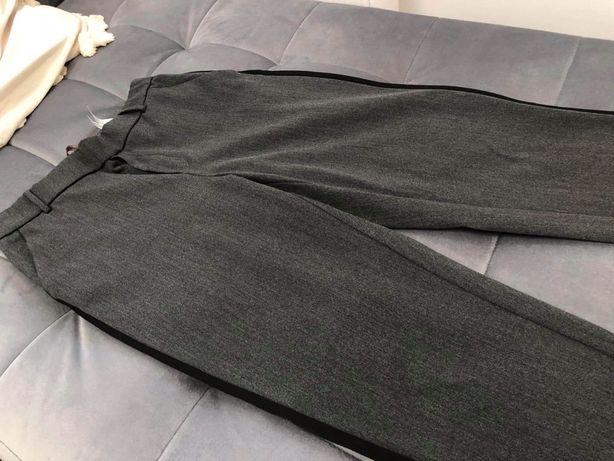 Zara eleganckie z lampasem spodnie -S