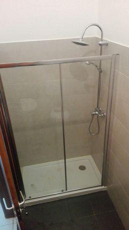 Cabine de duche ( Portas poliban 186cm x 127/118,5cm)