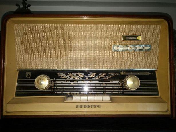 Radio antigo de coleção