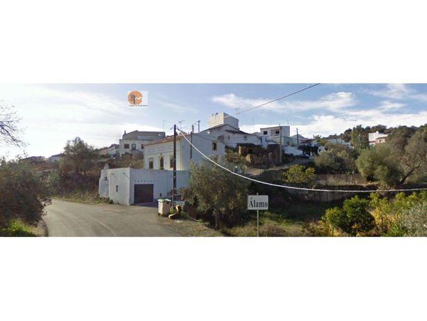 Casa Térrea T2 com logradouro e vista Rio Guadiana