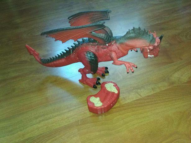Дракон іграшка