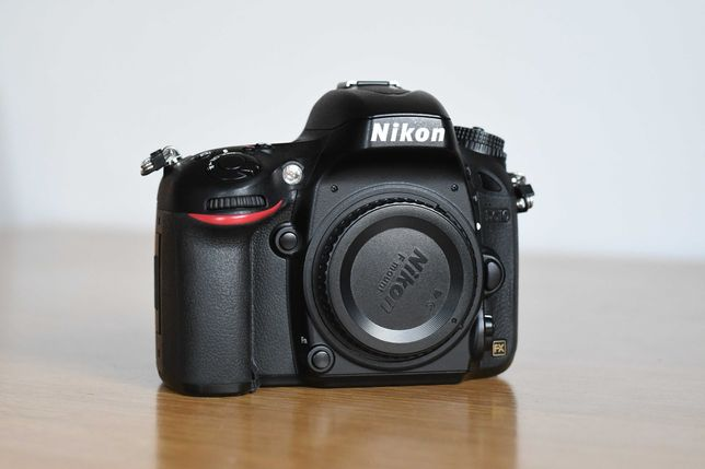 Nikon D610 - pełna klatka