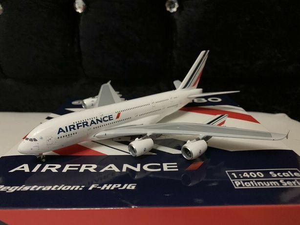 Avião Phoenix Models 1/400 Air France Airbus A380