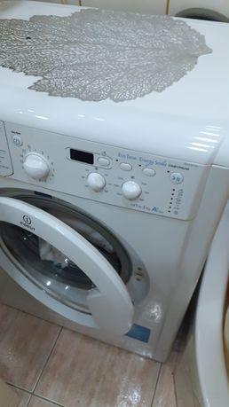 Sprzedam pralkę.