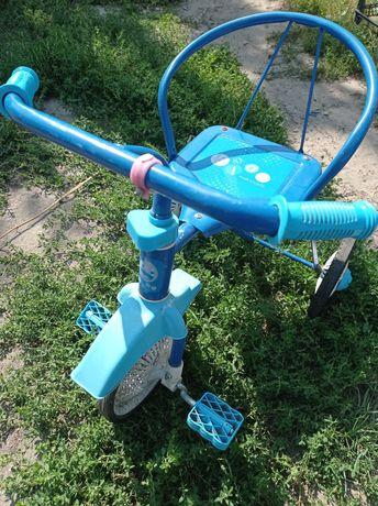 Продается детский трехколесный велосипед