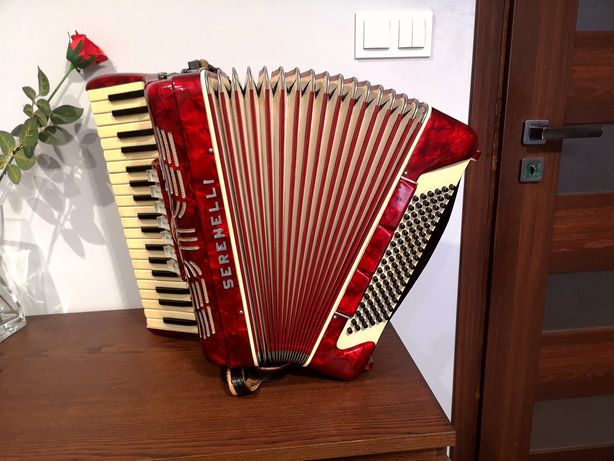 Akordeon Serenelli 96
