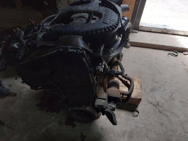 Двигатель двигун fiat doblo 1.9 D