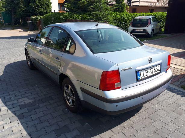 Volkswagen PASSAT B5 2.3 VR5 150 km\ benzynka
