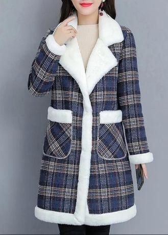Пальто однобортное на меху 46р весна-осень зима