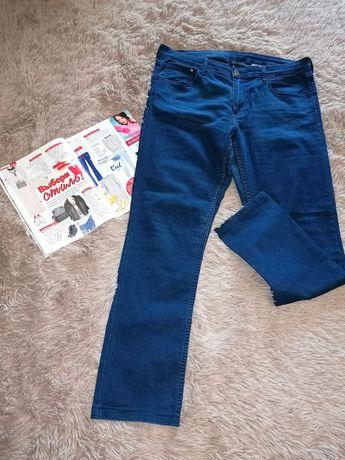 Бомбезные лёгкие джинсовые скинни H&M