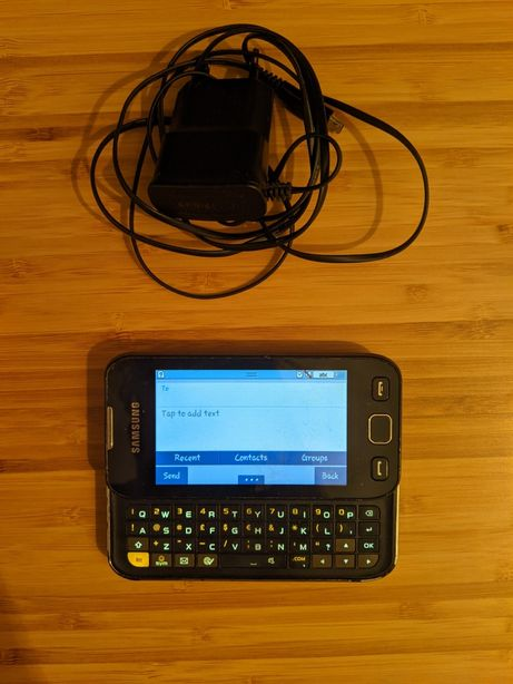 Samsung Wave 533 z ładowarką, smartfon z klawiaturą Qwerty