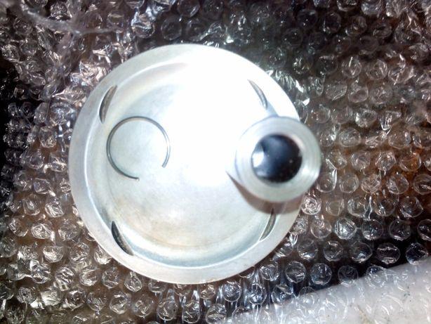 Поршень с пальцем от мотора Master 500 cc 4 клап Пиаджио х9 эволюшен