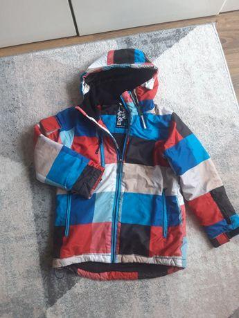 Zimowa kurtka dla chłopca firmy Reserved,  rozmiar 140