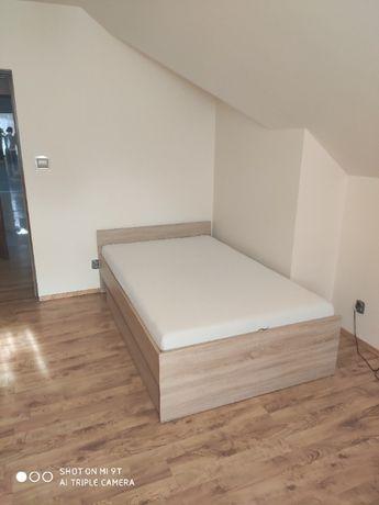 łóżko z pojemnikiem na pościel 140x200