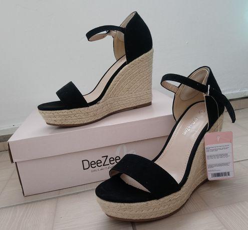 Sandały NOWE DeeZee