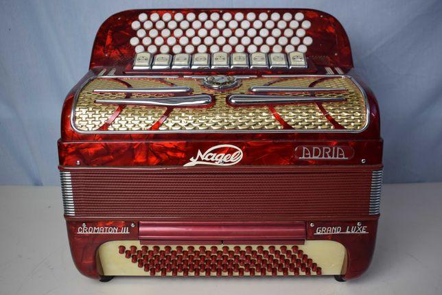 Acordeao Adria Cromton Grand Lux 3 Voz,N . 83