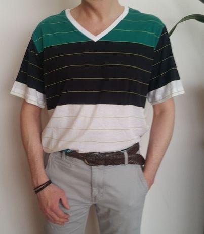 T-shirt męski v-neck