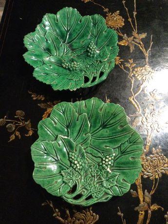 Pratos Caldas da Rainha Manuel Mafra 24 cm séc XIX / XX
