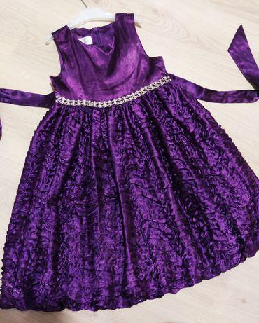 Нарядное платье 500 рублей
