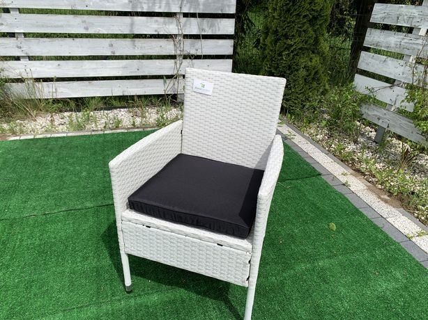 Fotel technorattan bialy