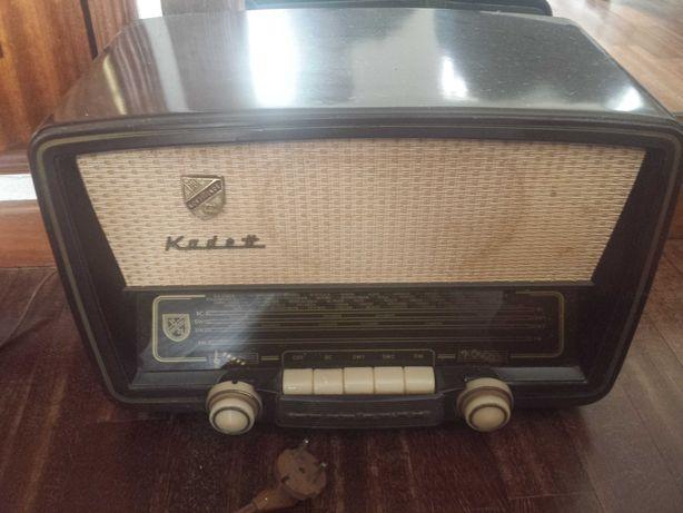 Rádio antigo Kaddet (acho que está avariado)