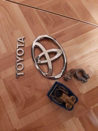 Emblemat Toyota.