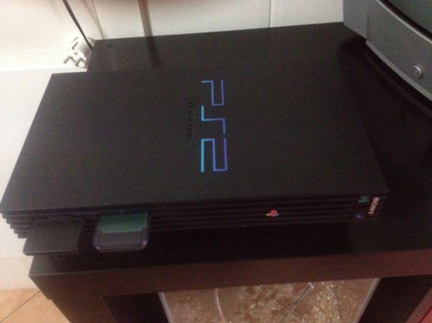 Vendo PS 2 e Jogos