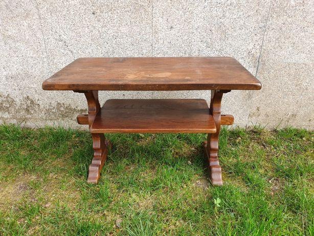 Mesa de café em madeira