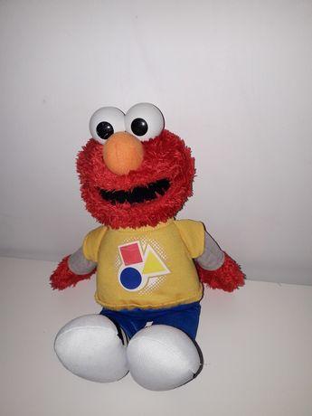 Elmo mówi i śpiewa