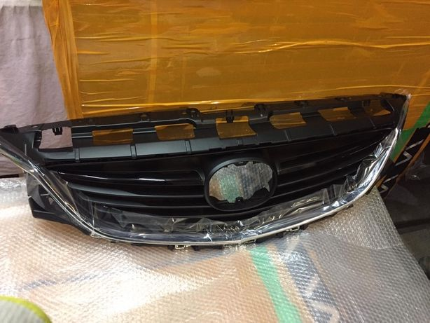 Решетка Мазда 6 2014-2015 накладка бампера под покраску