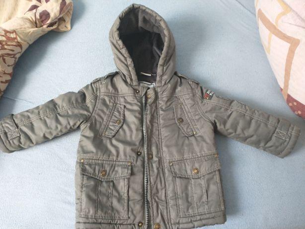 Kurtka kurteczka zimowa rozm 12-24 miesięce stan idealny kolor khaki